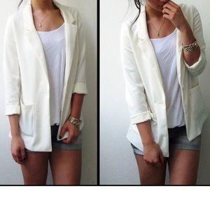 NWOT • H&M white blazer